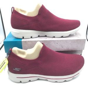 Skechers Go Walk Evolution Ultra Rasberry Sneakers
